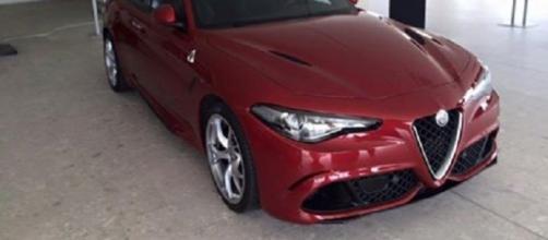 Alfa Romeo Giulia Quadrifoglio verde: nuove foto dal Motor Village di Arese