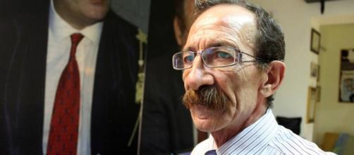 Pino Maniaci, direttore di Telejato, è accusato di estorsione dalla procura di Palermo