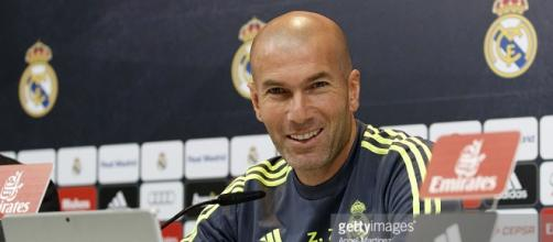 Zidane comparece en rueda de prensa