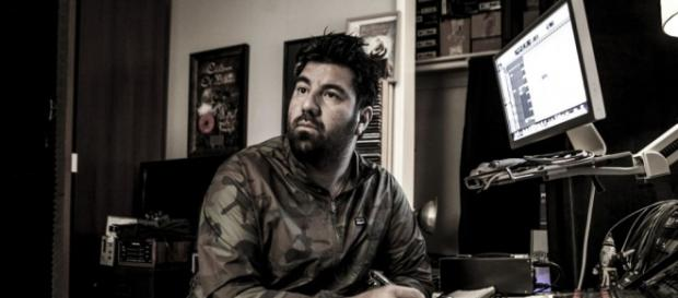 "CHINO MORENO TIENE PROYECTOS PARALELOS COMO: ""CROSSES, TEAM SLEEP, PALMS"""