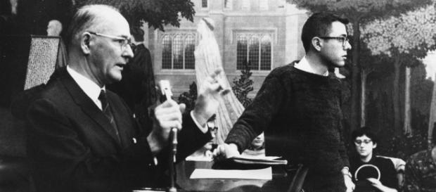 Sanders, em jovem, na Universidade de Chicago.