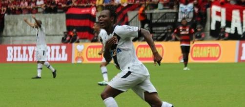 Andrezinho, autor do primeiro gol do Vascono jogo.