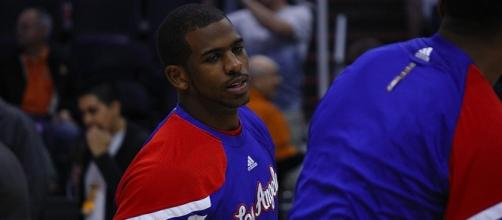 Chris Paul suffered a broken bone in his right hand (image via Flickr)