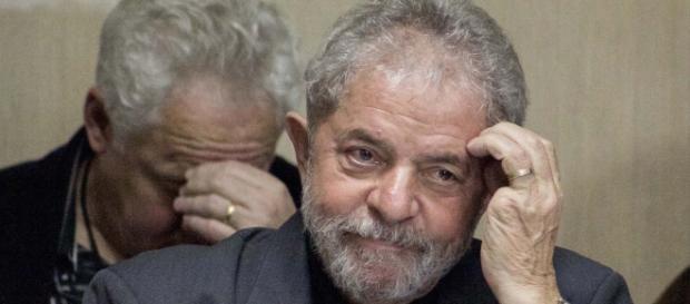 Desfiliação de prefeitos preocupa líderes do PT