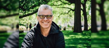 Julio Bevione, escritor argentino