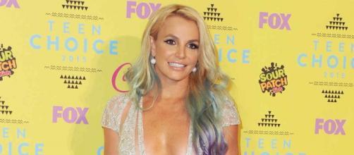 Britney Spears fará performance de seus maiores hits em premiação da Billboard este ano.