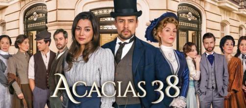 Una Vita, puntate 2-7 maggio soap opera.
