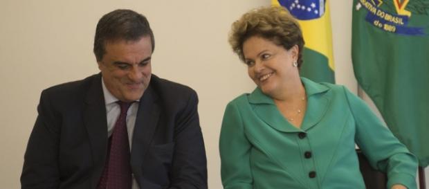 Dilma e Cardozo discutiram estratégias contra impeachment no Senado Foto: Marcelo Camargo/Agência Brasil