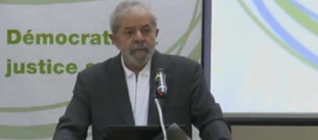 Luiz Inácio Lula da Silva faz discurso - Foto/Reprodução