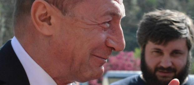 Traian Băsescu este suspect de spălare de bani