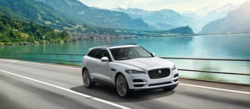 Ecco finalmente la nuova Jaguar F Pace.