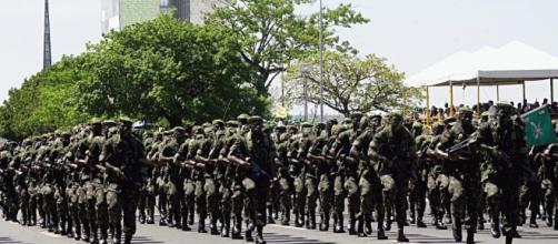 Exército Brasileiro, em exercício militar.