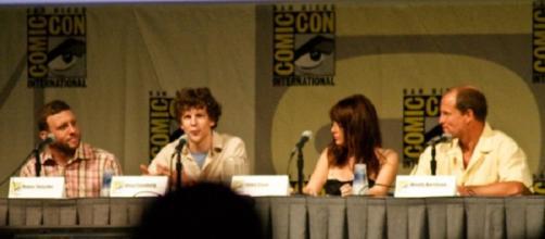 Zombieland Cast. (L to R) Jesse Eisenberg, Emma Stone and Woody Harrelson. Bobbyprom/Flickr.