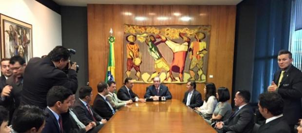 Cunha deve aprovar aumento do salário do Judiciário