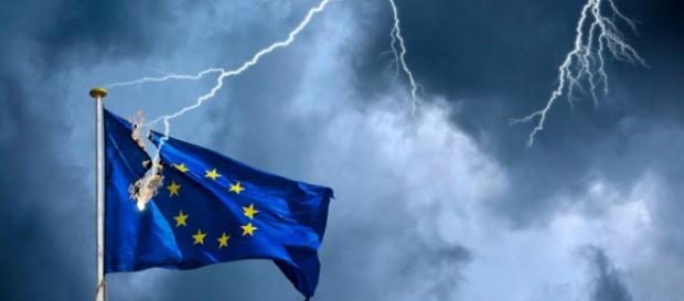 Eurozona si deve cambiare per non fallire
