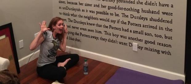 Meredith gastou 60 horas para decorar a parede (Foto: Reprodução/Facebook)