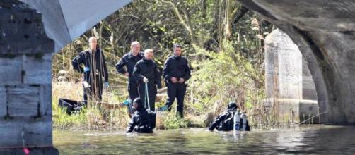 Polícia à procura dos membros da vítima desmembrada.