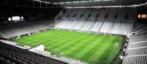 A Arena Corinthians deve ser batizada pelos torcedores
