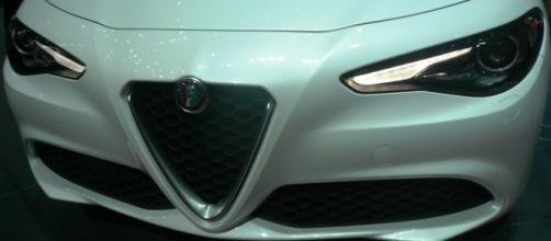 Alfa Romeo Giulia - Frontale e Scudetto