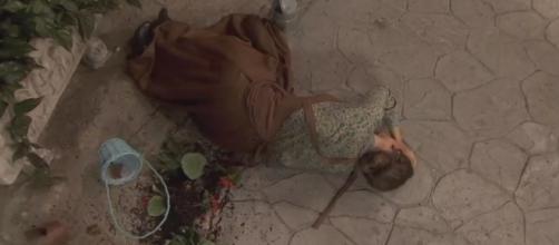 Il Segreto, anticipazioni puntata 1^ maggio: Quintina diventa pazza dopo la caduta del vaso