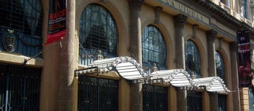 """Teatro de la Ciudad """"Esperanza Iris"""""""