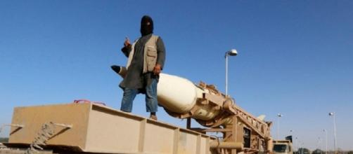 Immagine di propaganda di un miliziano dell'Isis