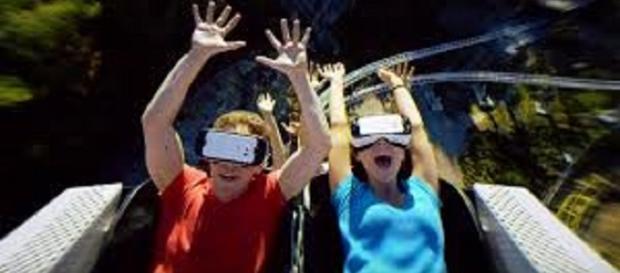 La realidad virtual en la montaña rusa Dare Devil Dive