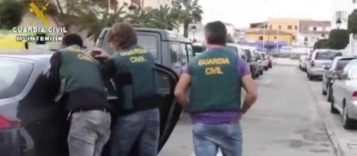 De los cuatro detenidos, uno es de nacionalidad española y el resto marroquí