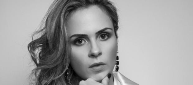 Entrevista com Ana Paula Renault