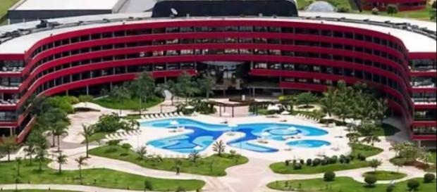 """Hotel onde Lula montou seu """"QG"""" é repleto de luxo"""