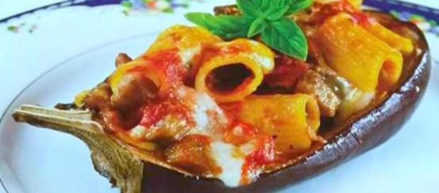 Parmigiana in barca: un primo piatto originale e succulento!