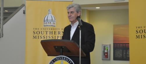 Mississippi Governor Phil Bryant. Mississippi-Alabama Sea Grant/Flickr.