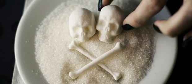 Açúcar é o vilão na luta contra o câncer, afirmam especialistas (reprodução imagem Pikabu.ru)