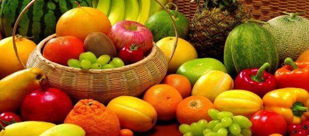 Fotografía variedad de frutas.