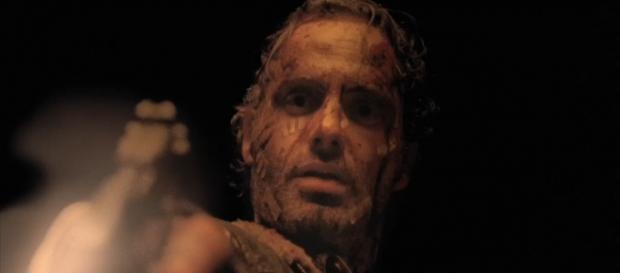 Rick disparando a Pete, un hombre que parecía una amenaza.