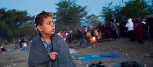 Il terribile e ignoto destino dei bambini che arrivano da soli con i flussi degli immigrati