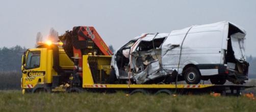 O acidente frontal provocou doze mortes