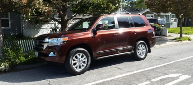 2016 version of Toyota Land Cruiser