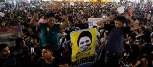 Perú marcha contra la candidatura de Keiko Fujimori
