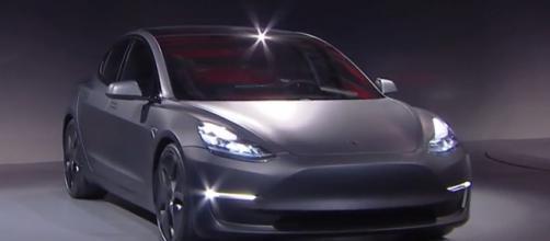 Tesla Model 3 e Audi Q2, le news