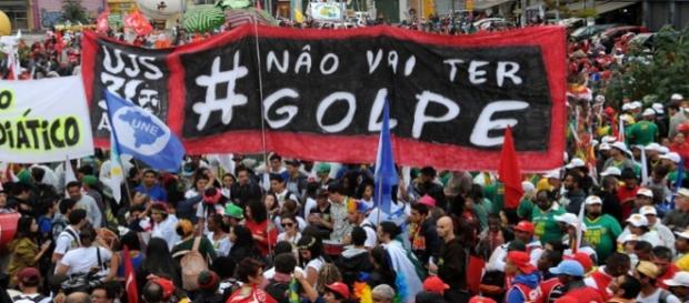 Cientistas políticas acham que movimentos podem mudar a opinião pública e dos parlamentares