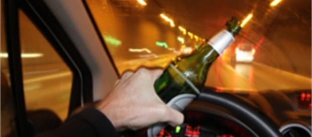 Conducente rifiuta l'alcoltest