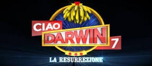 Replica ed anticipazioni Ciao Darwin 7