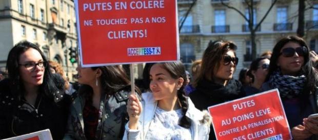 Foto de la manifestación en el Parlamento francés