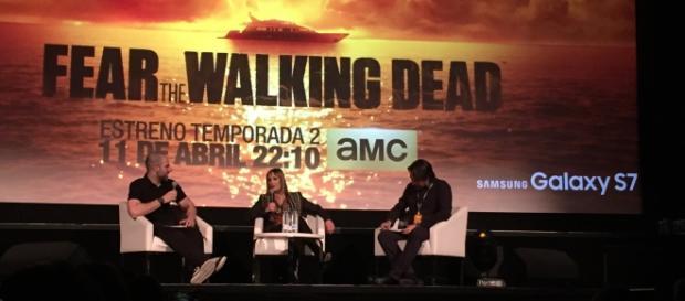 Gale Anne Hurd, productora de la serie, durante la entrevista