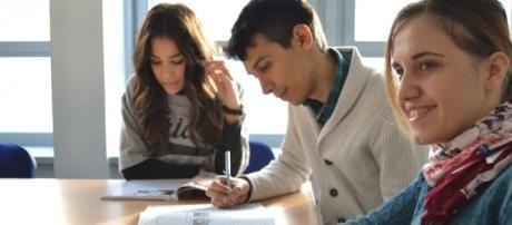 Studenti mobilitati per compagno di scuola malato di leucemia
