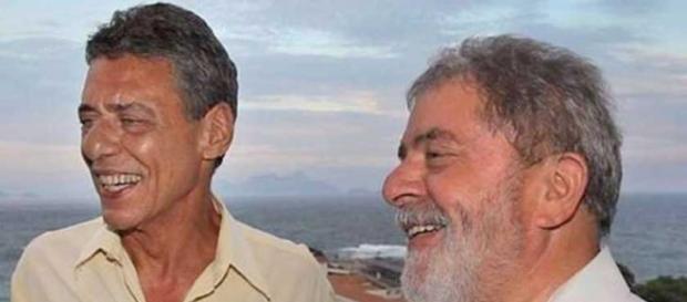 Lula e Chico Buarque, amigos e aliados políticos