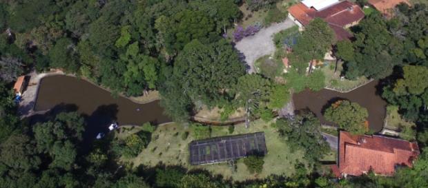 Vista aérea de sítio em Atibaia