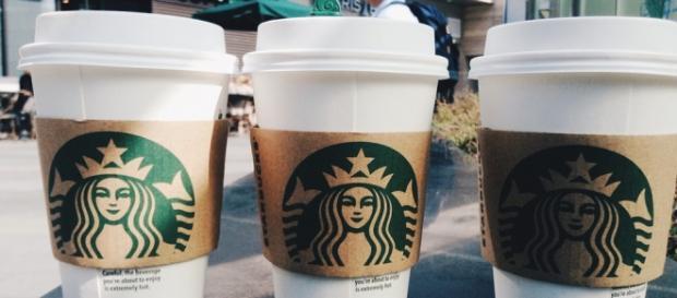 O cliente da Starbucks quer garantir que o incidente não ocorra novamente,