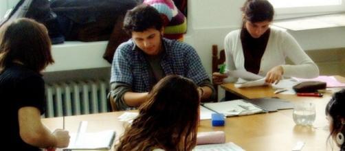 Los jóvenes españoles frente a la política